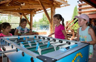 Camping Le Luberon : Babyfoot