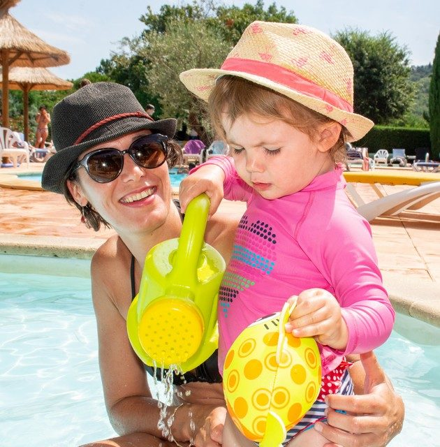 Camping Le Luberon : Famille