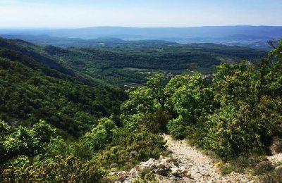 Trail dans le Luberon