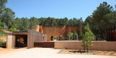 Camping Le Luberon : Les Mines De Bruoux