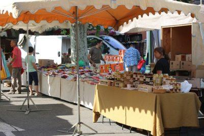Camping Le Luberon : Marché Bonnieux